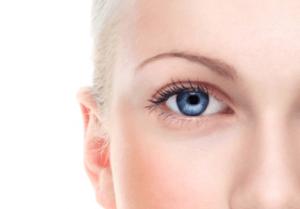 Augenfalten mit Hyaluron behandeln